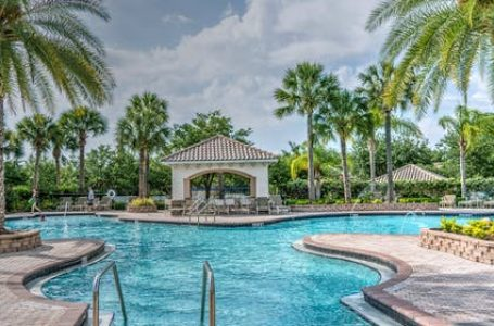 HOW TO FIND BEST SWIMMING POOL COMPANIES IN DUBAI